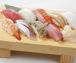にぎり寿司 9貫.jpg